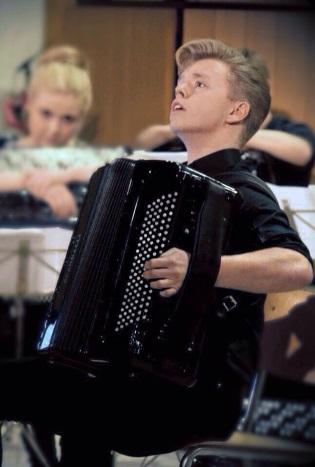 Kalle Moberg - akkordeon fra Bærum 21 år